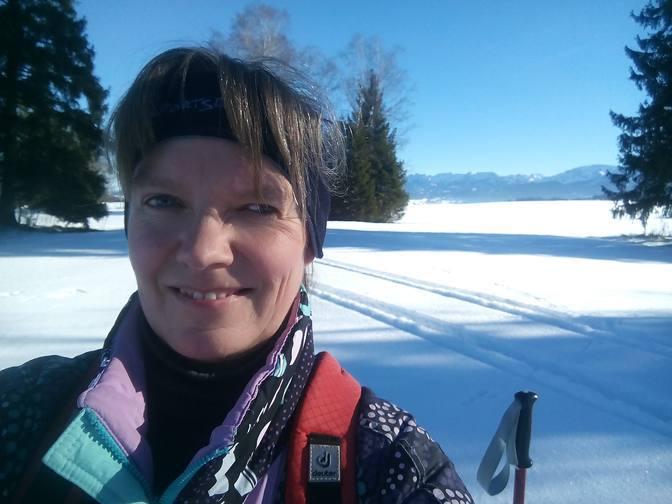 Eva beim Skilanglauf