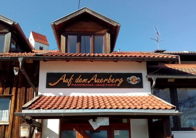 Panorama-Gaststätte auf dem Auerberg