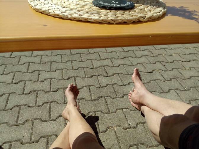 Entspannen auf der Alpe in der Sonne