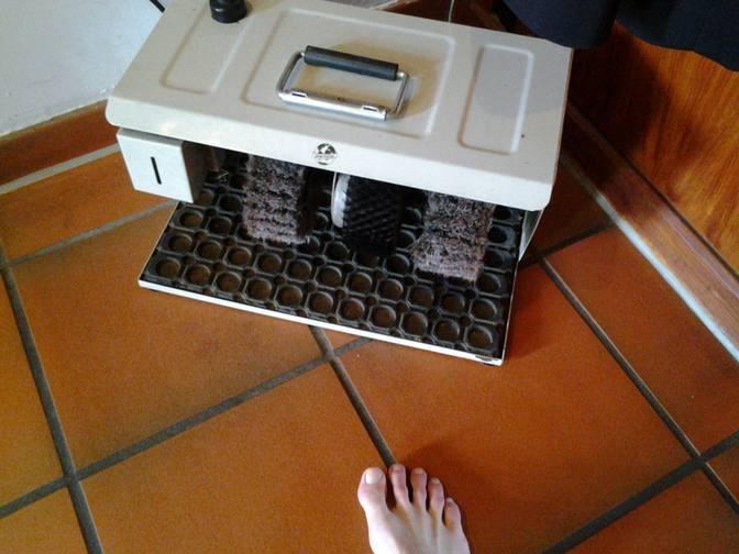 Meine Reinigungsmaschine für Barfüße