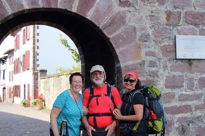 Erich mit Frau Ankunft in St-Jean-Pied-de-Port