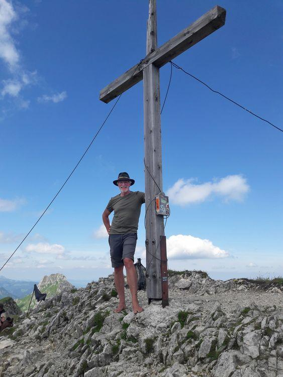 Wolfgang am Gipfelkreuz