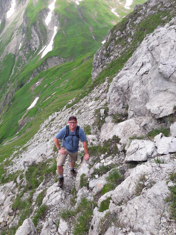 Barfußfreund Christoph im Jochbachtal