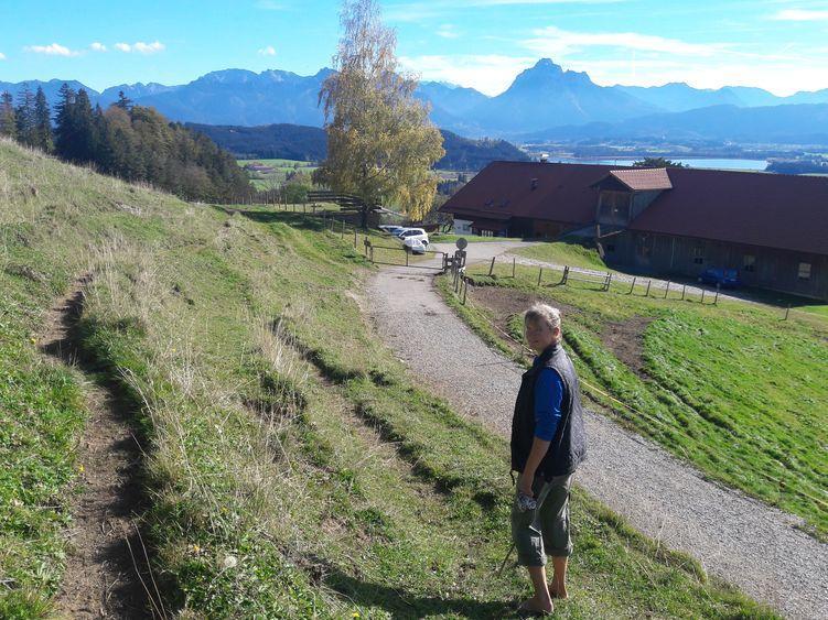 Auf der Alpe lässt es sich herrlich barfuß laufen