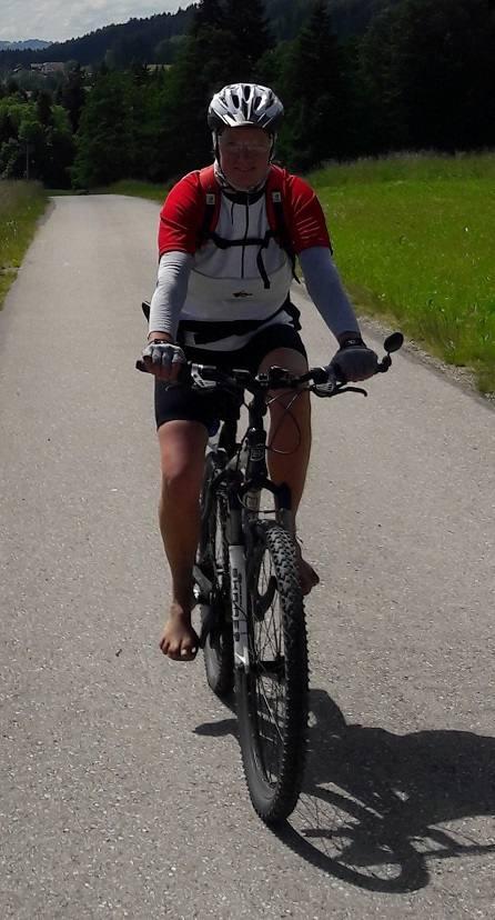 Barfuß Radfahren mit den richtigen Pedalen