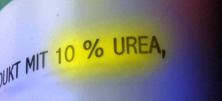 Schriftzug auf Sprayflasche: Urea
