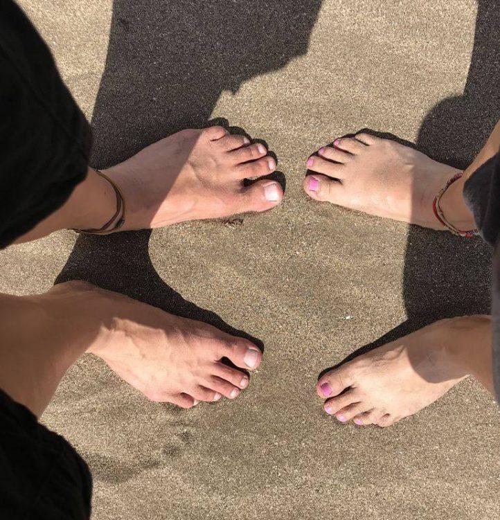 Barfüsse im Sand
