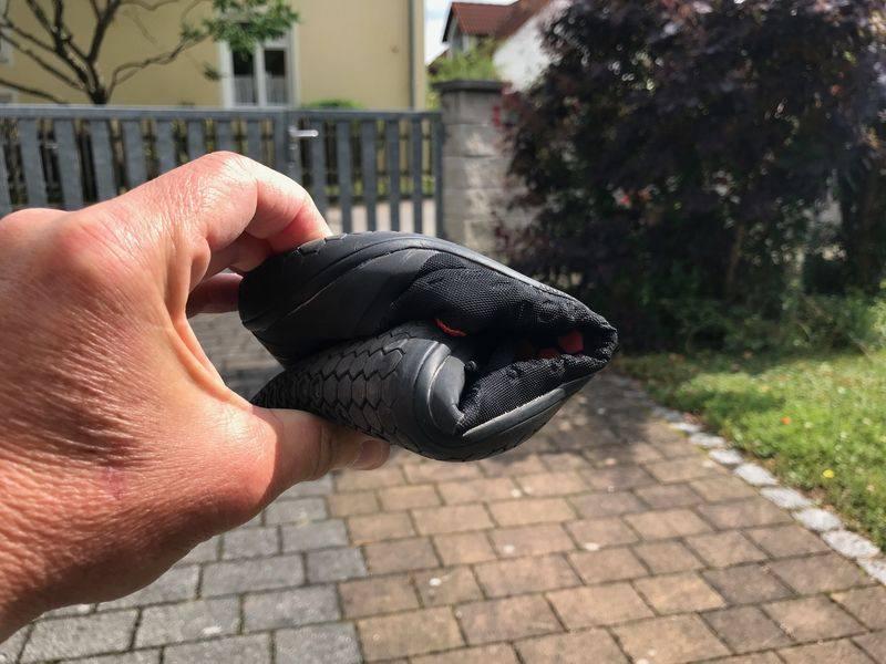 Vivobarefoot gerollt