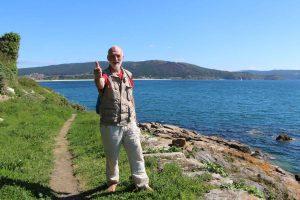 Erich Dietloff auf dem Pilgerweg an der nordspanischen Küste