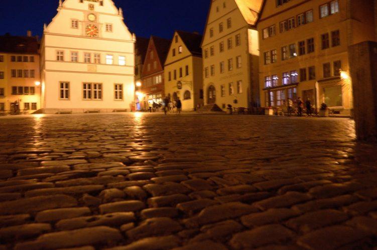 Marktplatz in der Nacht