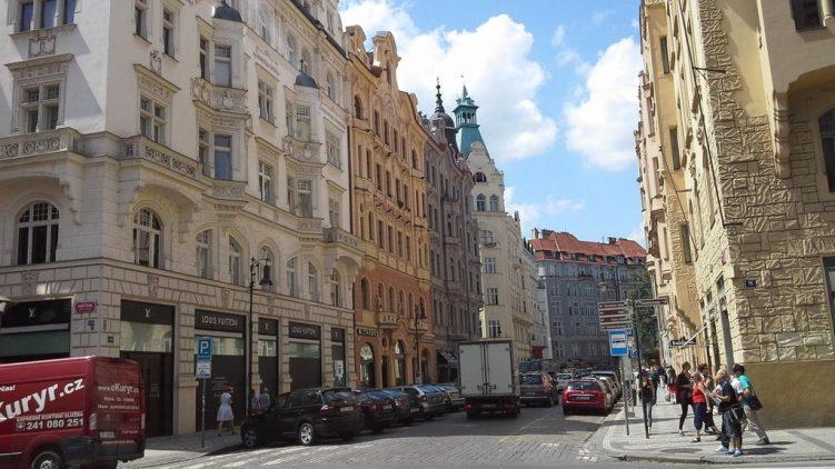 Josephstadt mit großen Jugendstilhäusern