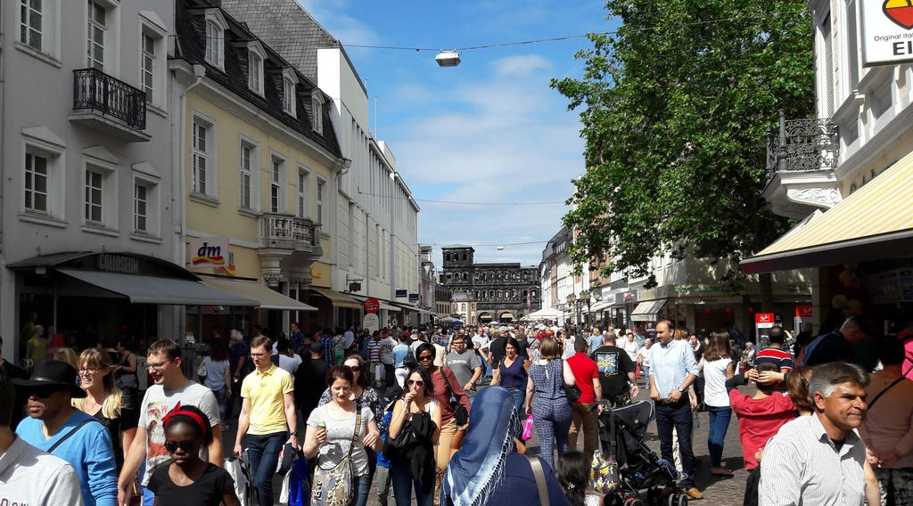 Überfülltes Trier am Samstag