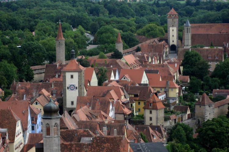 Rothenburg vom Rathausturm gesehen