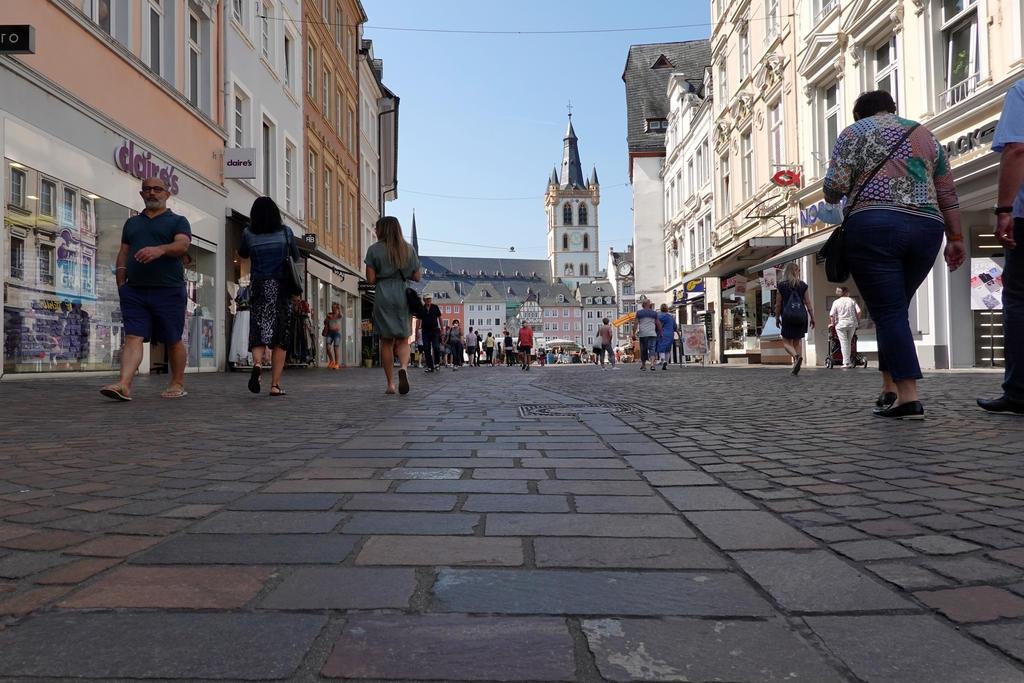 Simeonstrasse mit Blick zum Hauptmarkt