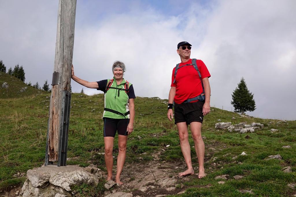 Eva und Ralf am Gipfelkreuz